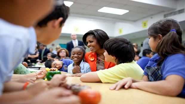 Michelle Obamas healthful food campaign makes strides