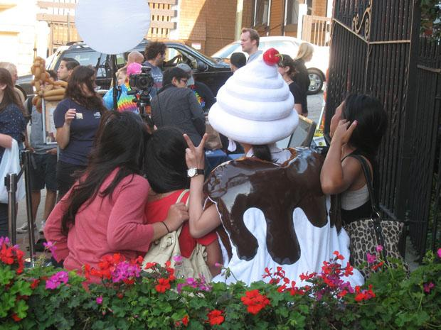 Chocolate+enthusiasts+pose+for+photos+at+the+Ghirardelli+Chocolate+Festival+on+Sept.+11.+Participants+chose+to+attend+over+Opera+in+the+Park%2C+which+explicitly+commemorated+those+who+lost+their+lives+in+the+World+Trade+Center+attacks.