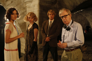 "Review: New DVD of ""Midnight in Paris"" worth another round of movie watching"