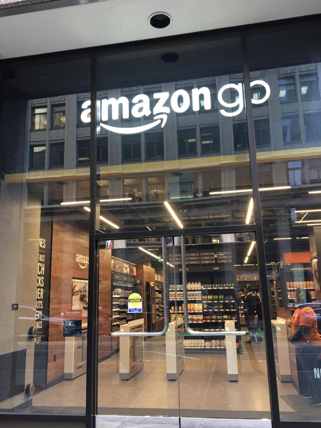 Amazon Go store on 300 California St., San Francisco. By Lena Bianchi, Design Editor.